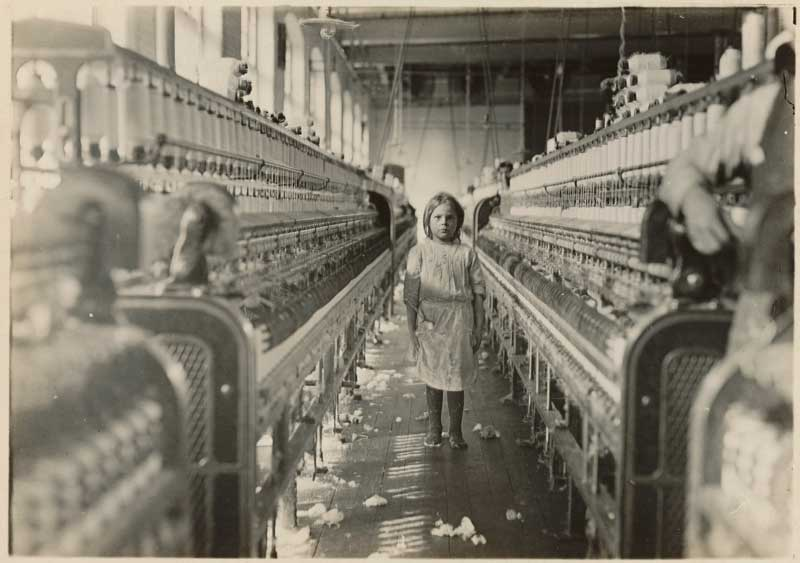 Young girl in cotton mill, Newberry, South Carolina, circa December 1908